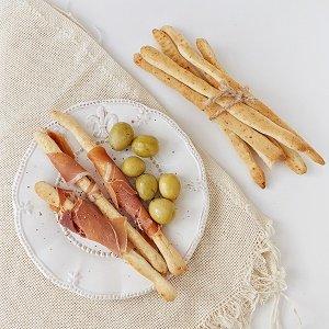 Грісіні або хрусткі палички до сиру:)