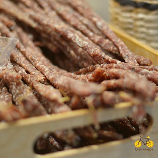 Сиров'ялена ковбаска