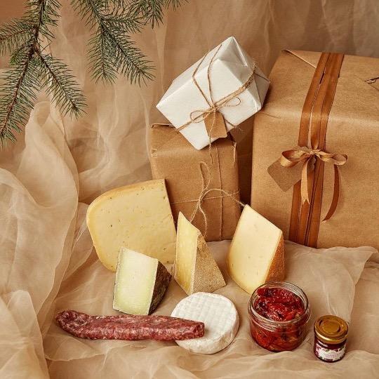 Новорічний набір сирів