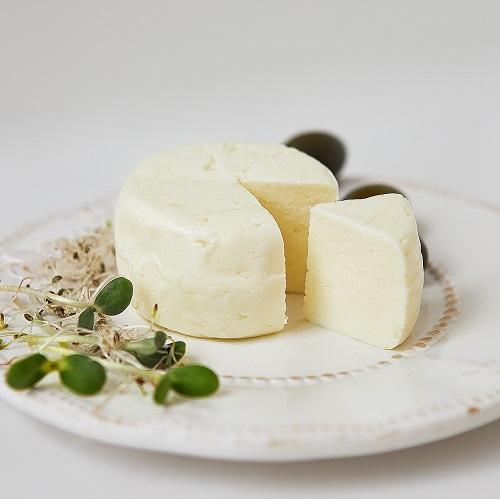 Ягня – молодий сир з 100 % овечого молока
